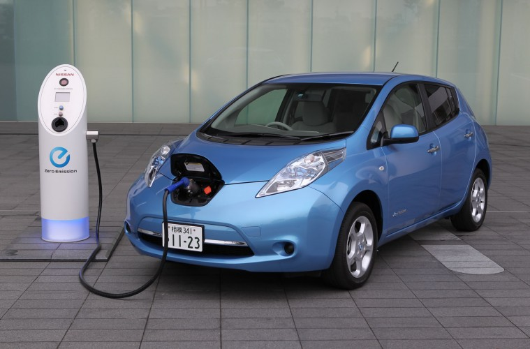 Why Is Nissan Committing So Publicly To Increasing Leaf S Range