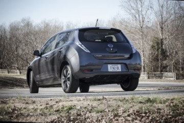 The Nissan Leaf will be able to be rapid charged at dealerships nationwide.