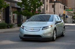 2013-volt-model-overview-exterior-cnt-well-1-980X476-01