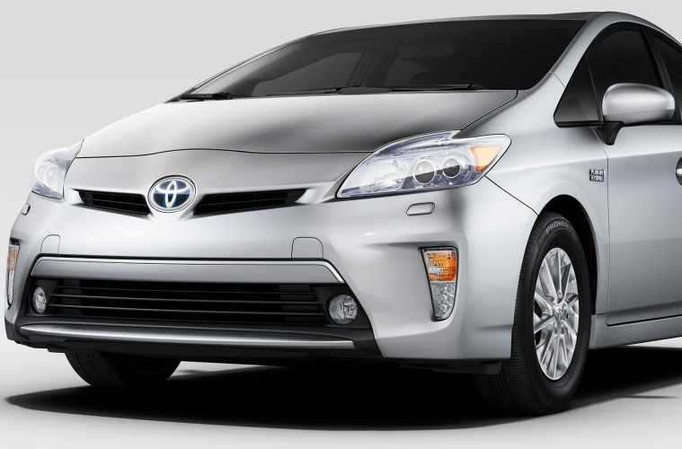 is the 2014 toyota prius plug in price drop enough. Black Bedroom Furniture Sets. Home Design Ideas