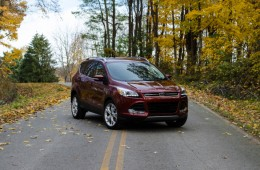 2014-Ford-Escape-Titanium-1-of-341-715x473