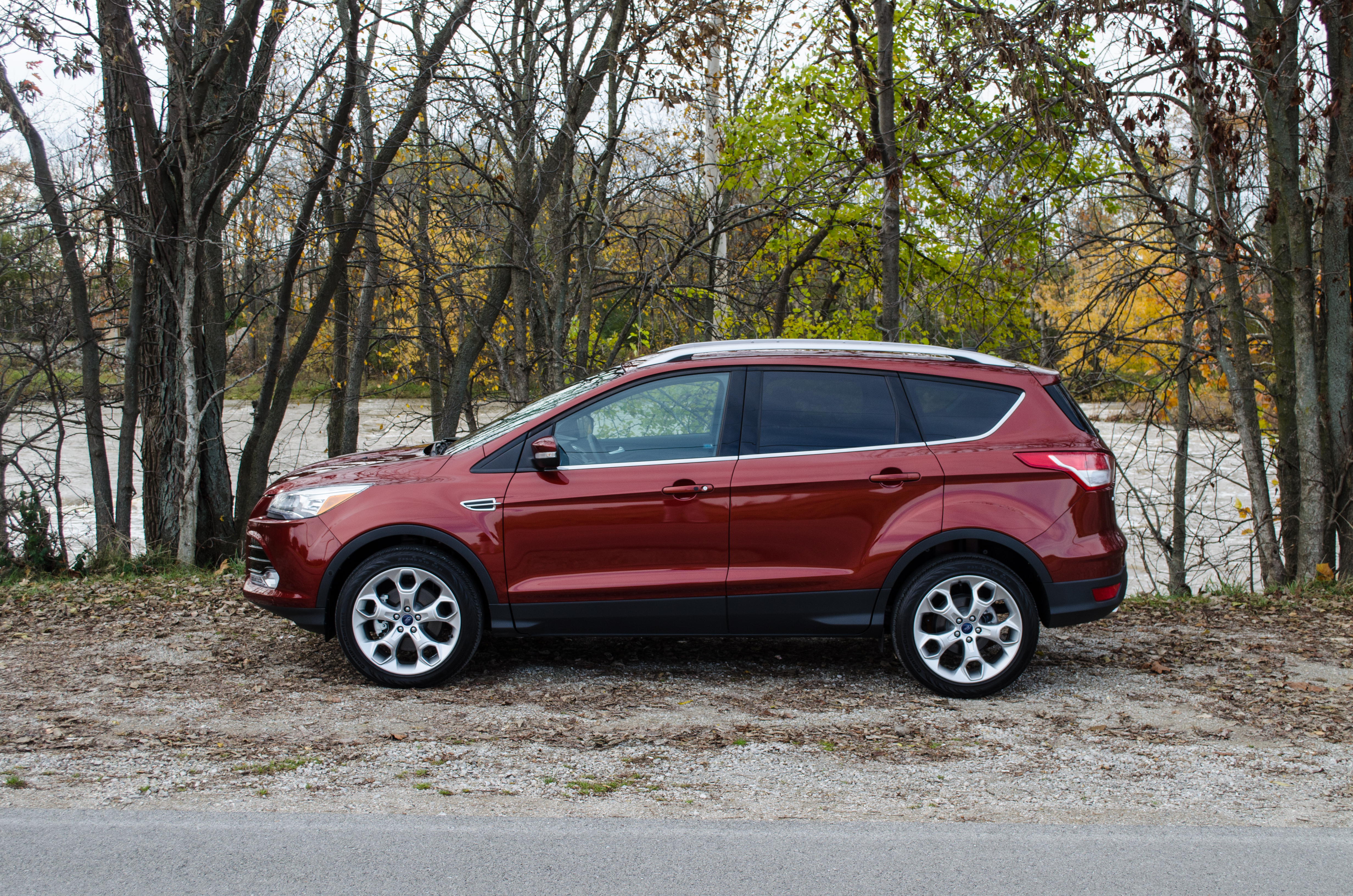 2014 Ford Escape Titanium 20L or 16L EcoBoost