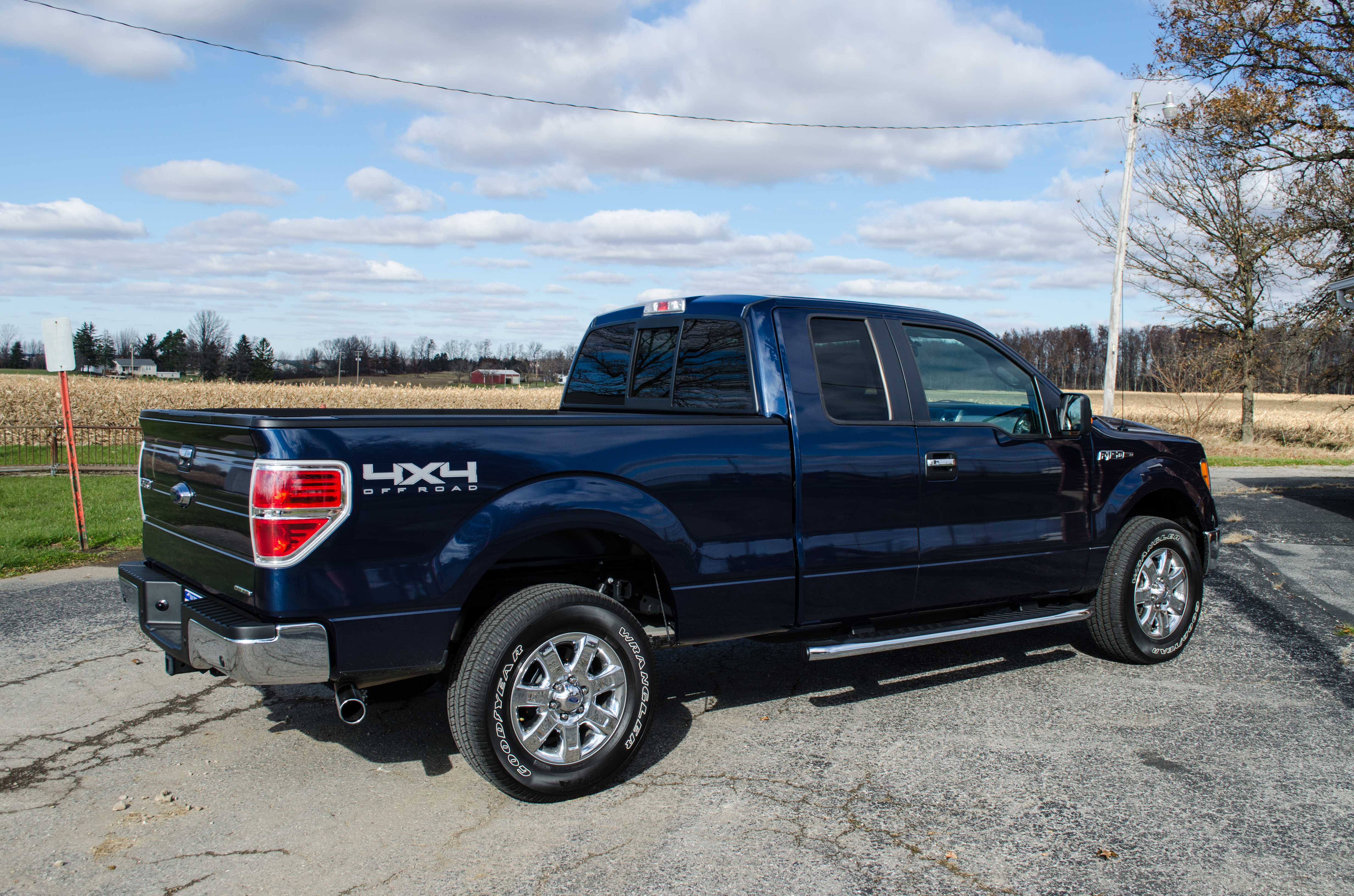 what does the 2014 ford f150 look like autos weblog. Black Bedroom Furniture Sets. Home Design Ideas