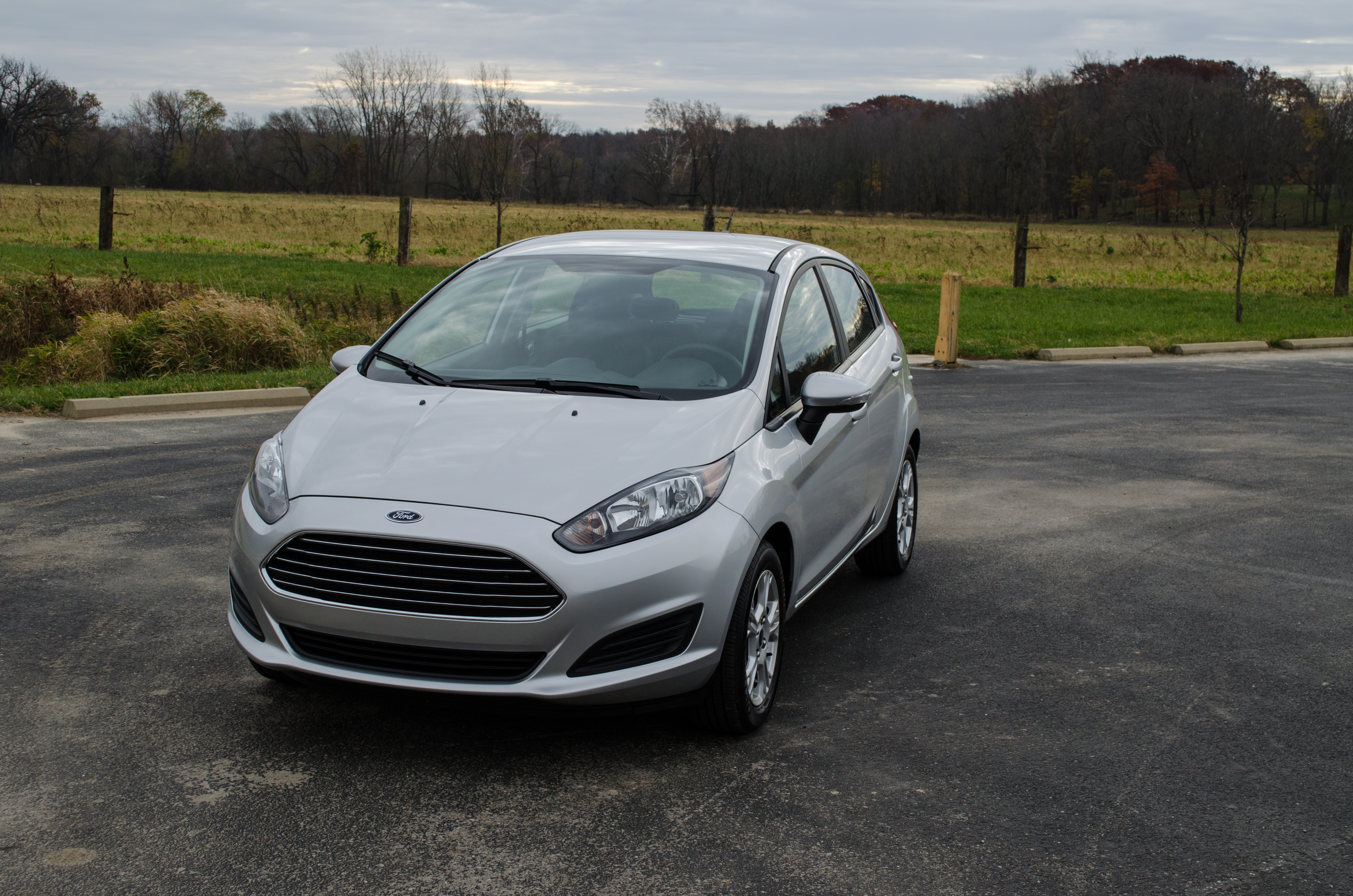 2014 Ford Fiesta Se 10 Of 28 Motor Review