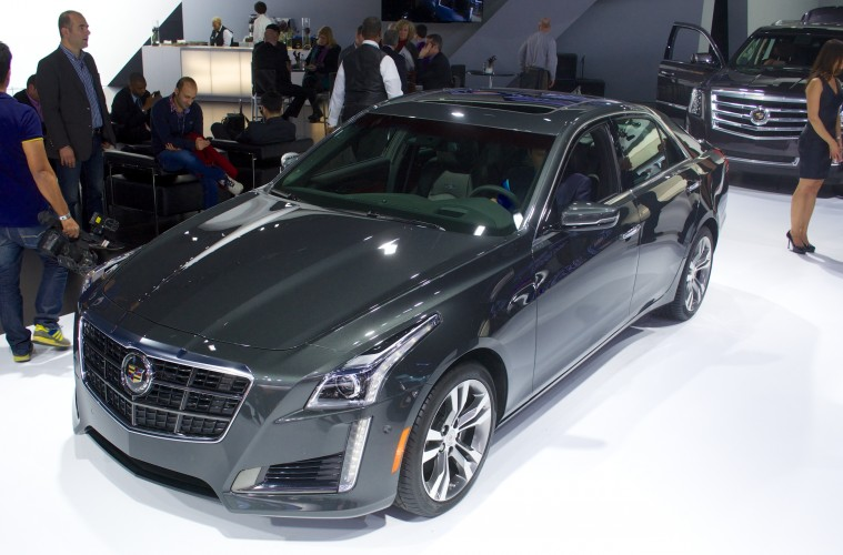 2014 cadillac cts v in the driver 39 s seat video motor review. Black Bedroom Furniture Sets. Home Design Ideas