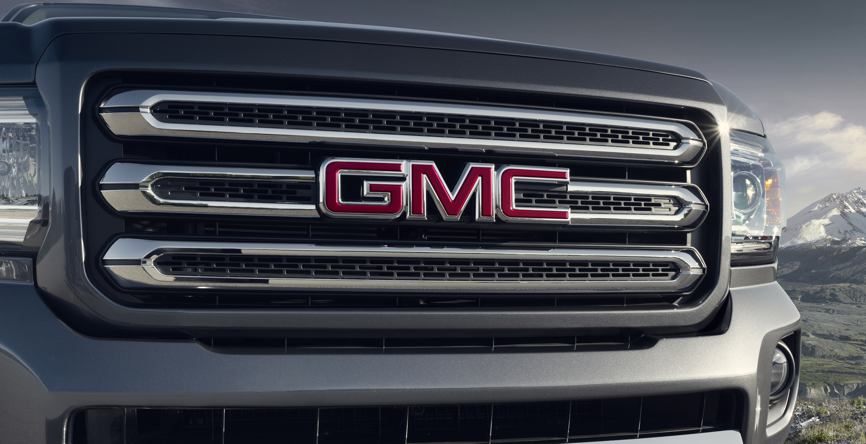 2015 gmc canyon all terrain with body color grille   motor review