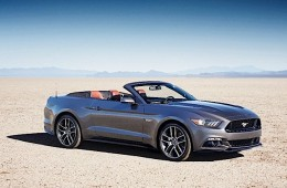 MotorReview_15FordMustang_73_HR_HERO