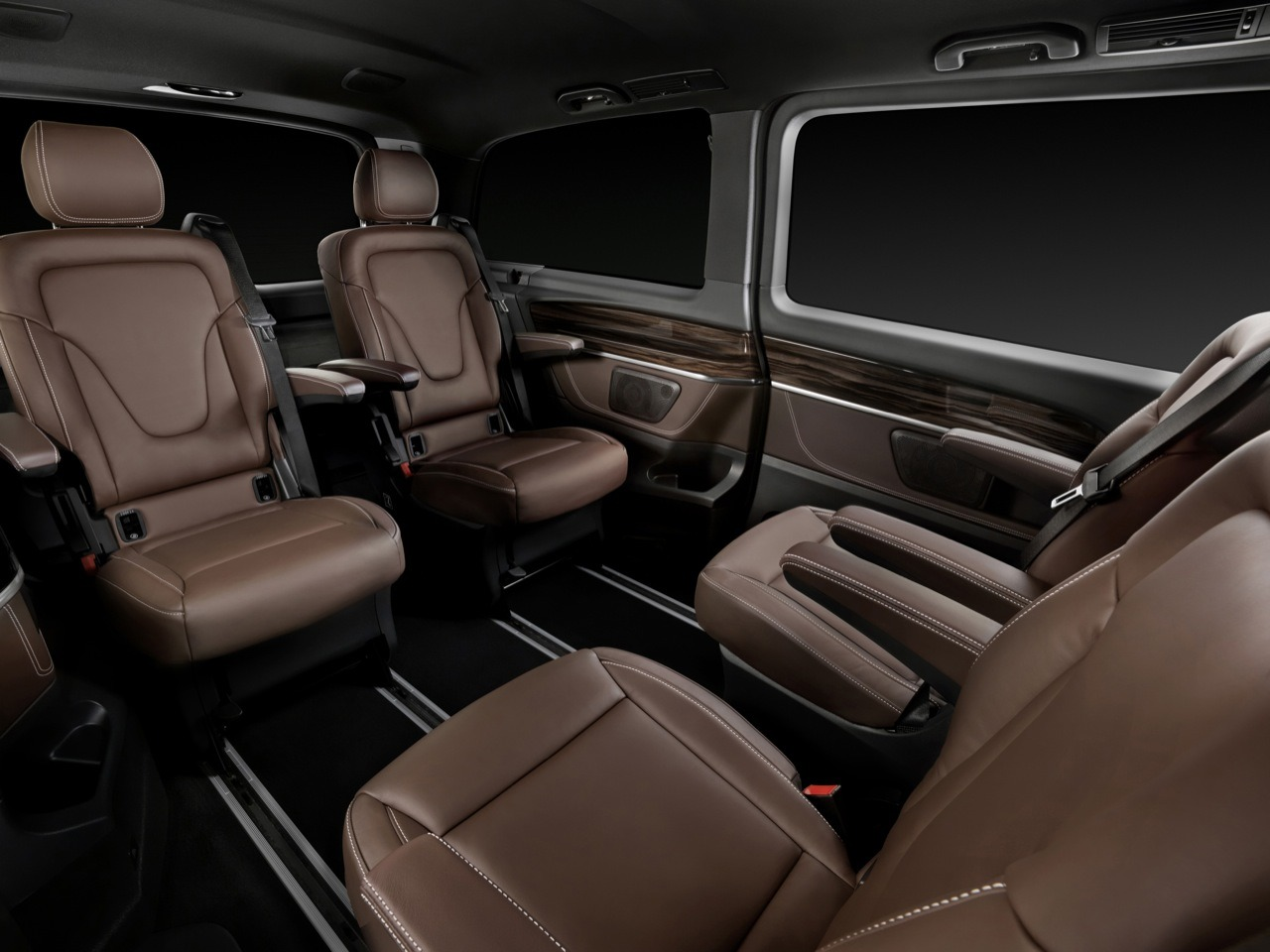 mercedes benz v class minivan ripe for us market motor review. Black Bedroom Furniture Sets. Home Design Ideas