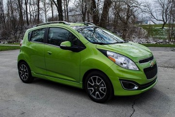 MotorReview_2014 Chevy Spark Review-0008_HERO