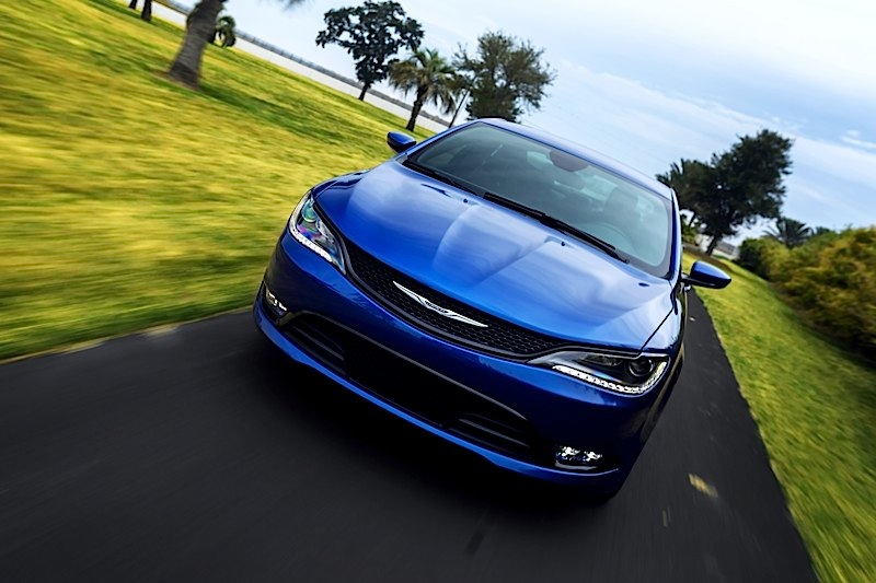 chrysler 200s vs ford fusion titanium is this affordable sedan sporty enough motor review. Black Bedroom Furniture Sets. Home Design Ideas