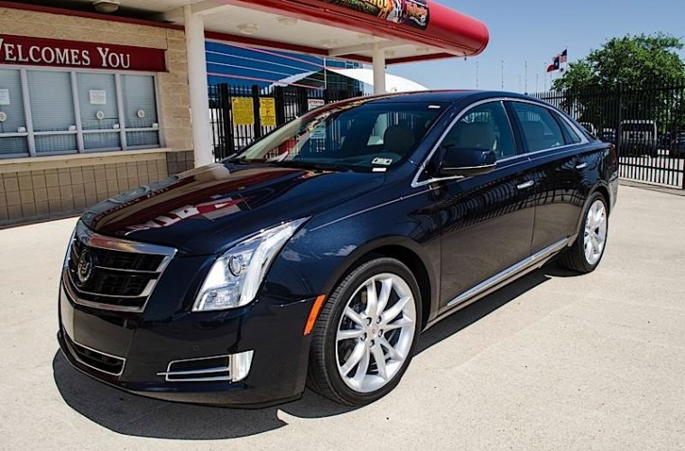 MotorReview_2014 Cadillac XTS V-Sport Review-0042_HERO