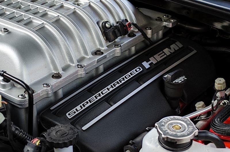 2015 Dodge Challenger Hellcat Motorreview_2015-dodge- ...