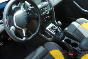 2014 Ford Focus ST Review - 11