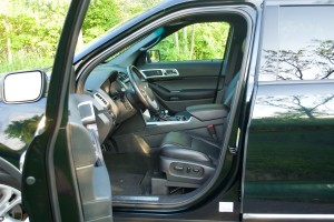 2014 Ford Explorer Limited Review - 19