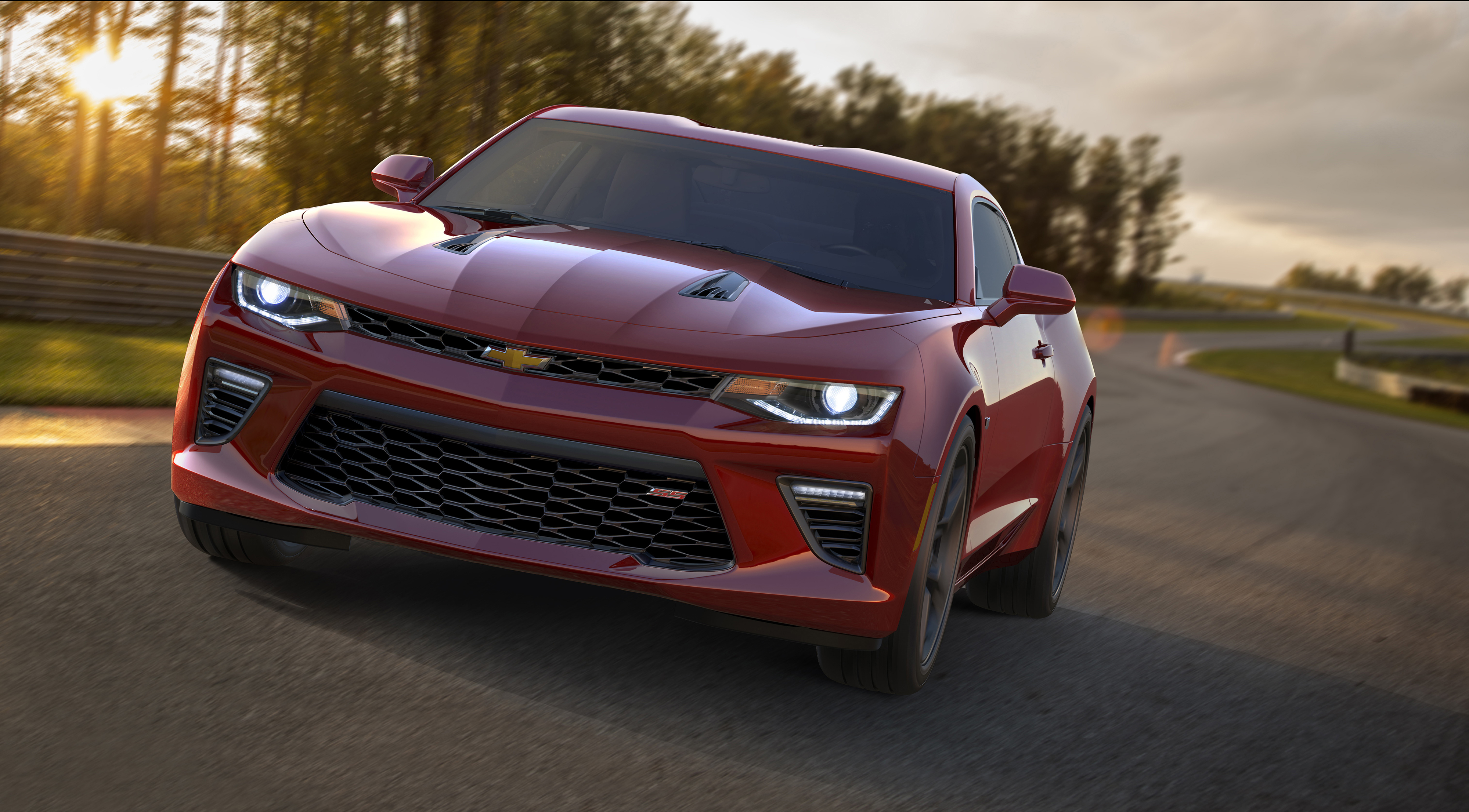 2016 Camaro: 6 Fast Facts - Motor Review
